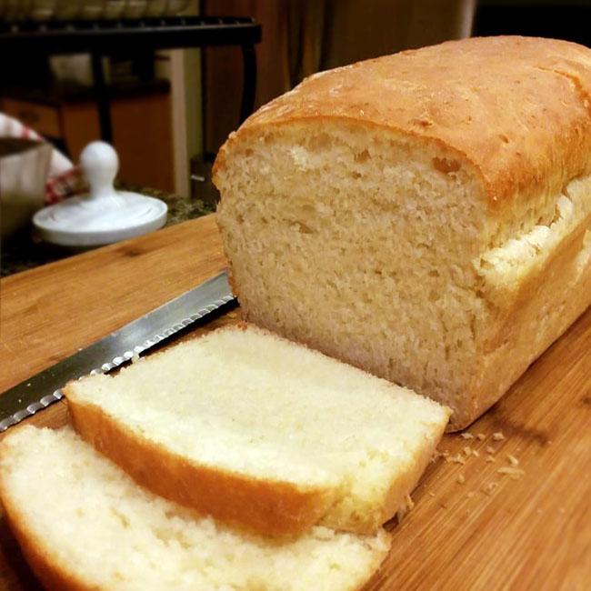 Pão de forma caseiro delicioso
