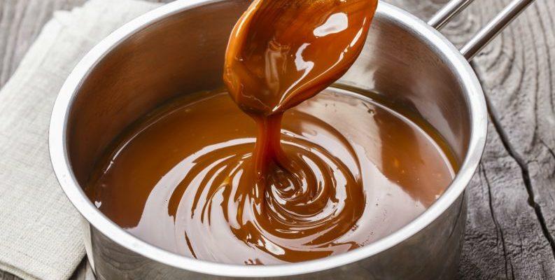 Truque com vinagre é segredo para qualquer calda caramelizada não empelotar