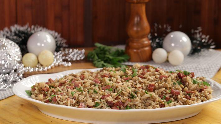 Receita de arroz com lentilha e calabresa