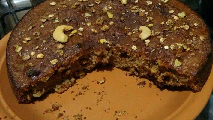 Receita de bolo integral com pêra e granola