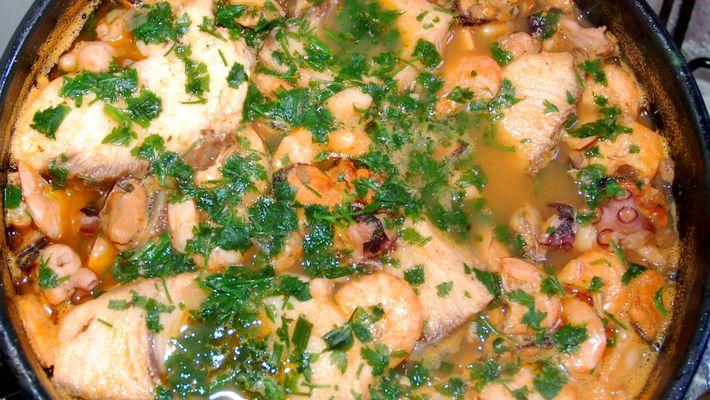 Receita de Caldeirada de frutos do mar