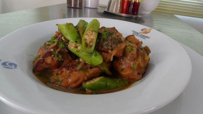 Receita de frango com quiabo