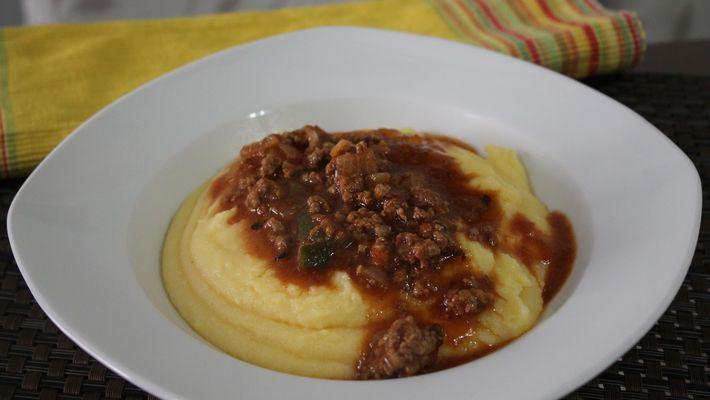 Receita de polenta com carne moida