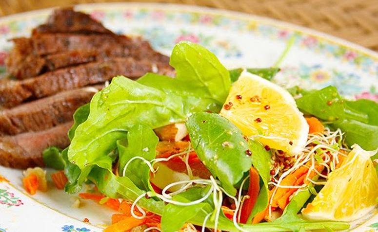 Receita de salada especial para churrasco