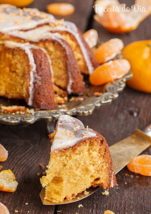 Receita de bolo de mexerica com calda durinha