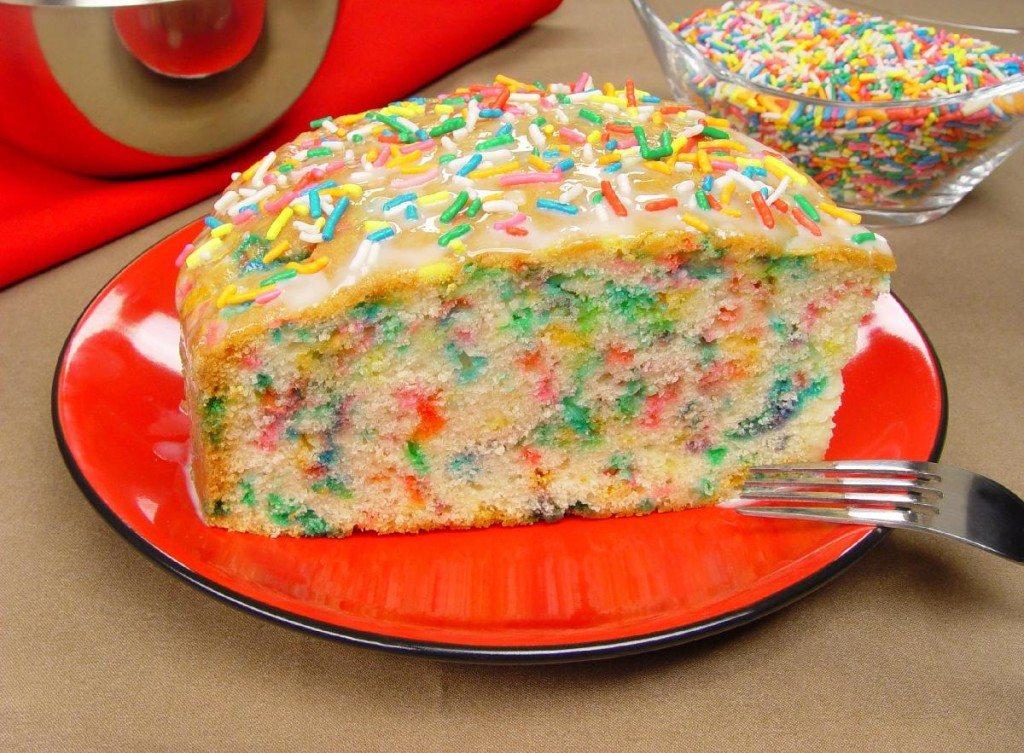 Receita de bolo formigueiro colorido