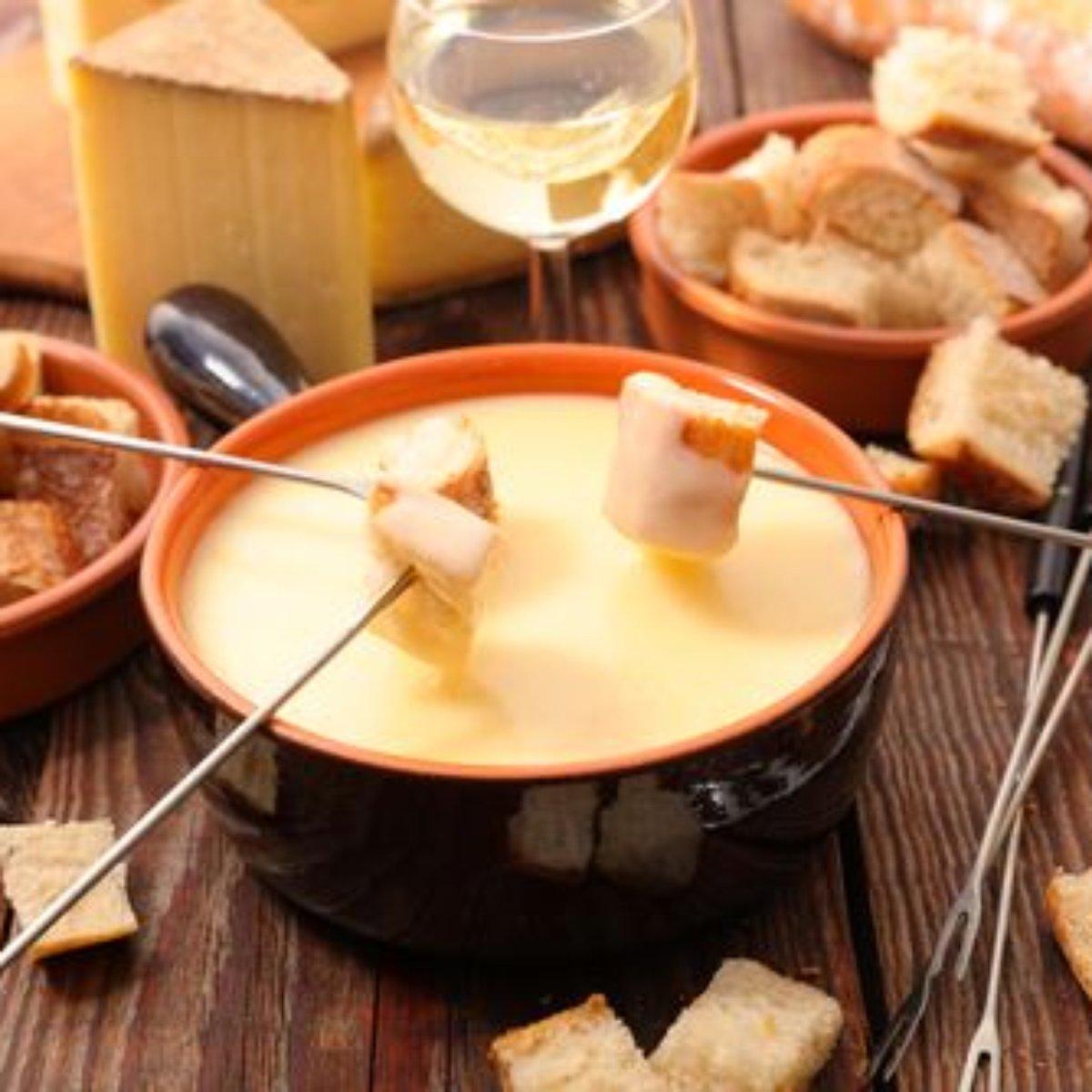Receita de fondue de queijo cremoso sem vinho