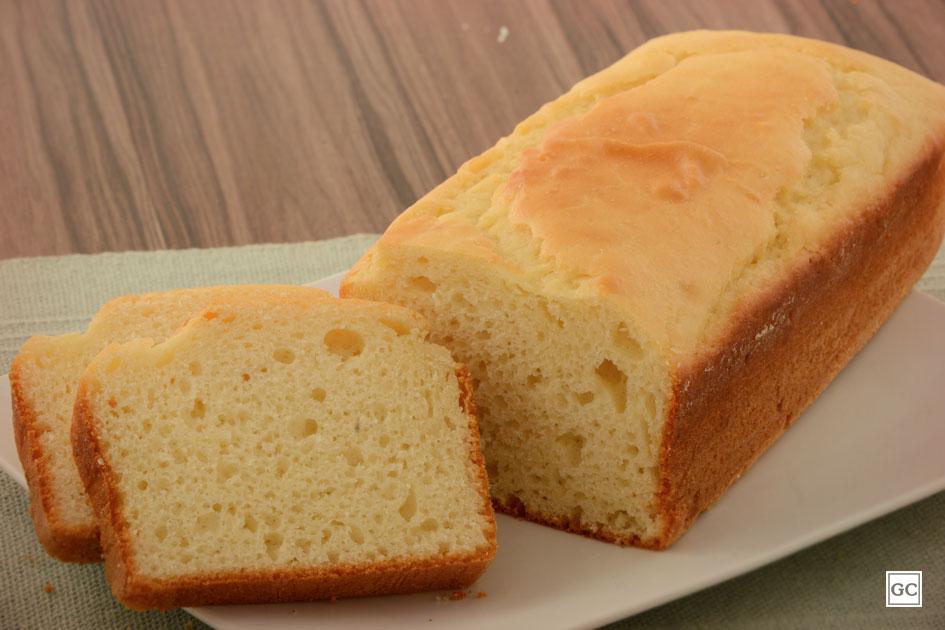 Receita de pão de liquidificador com queijo parmesão,