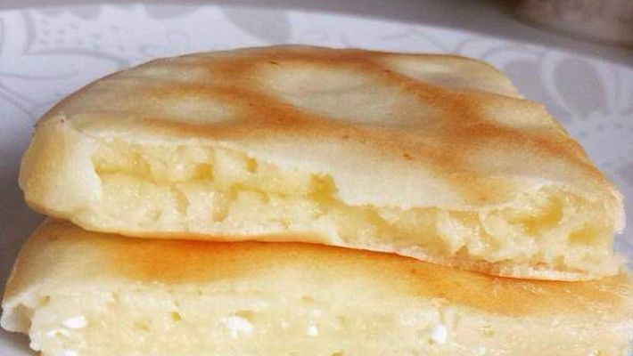 Receita de pão de queijo de frigideira de tapioca