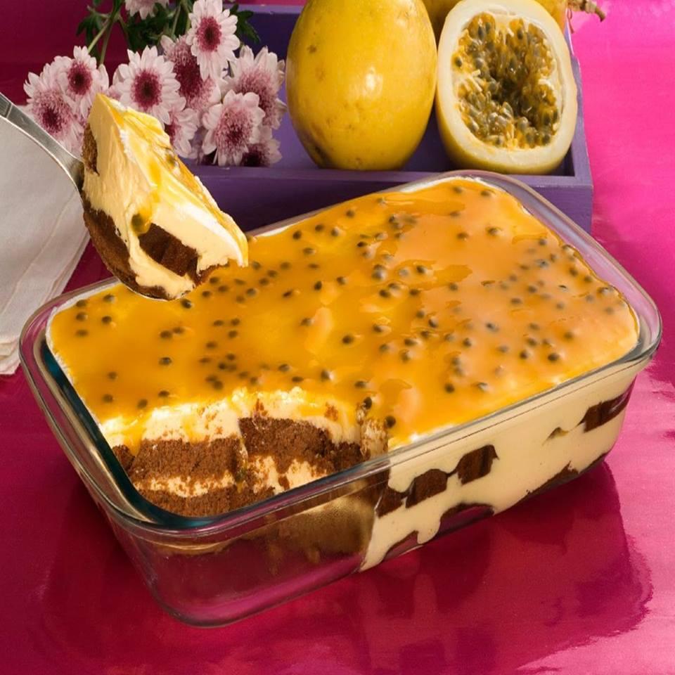 Receita de pavê de chocolate com mousse de maracujá