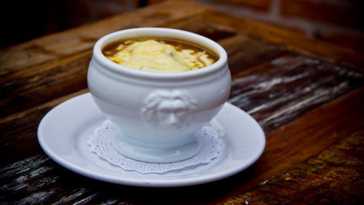 Receita de queijo brie com geleia de damasco