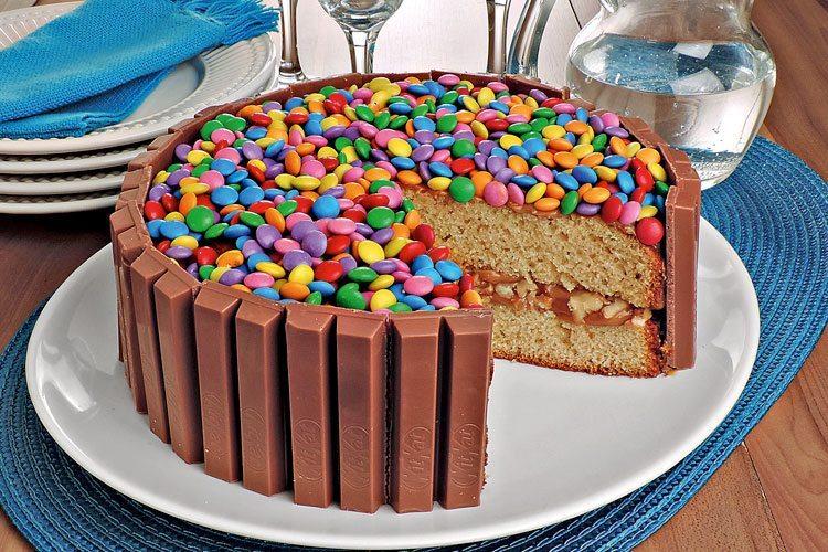 Receita de bolo kitkat super fácil