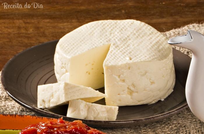 Receita de queijo branco de minas caseiro