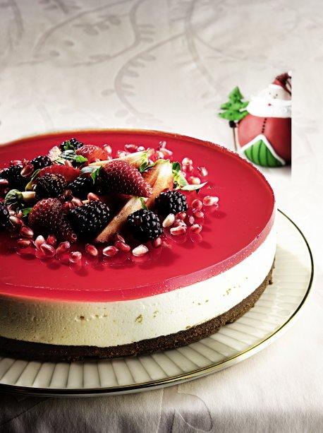 Cheesecake de frutas vermelhas com limão de natal