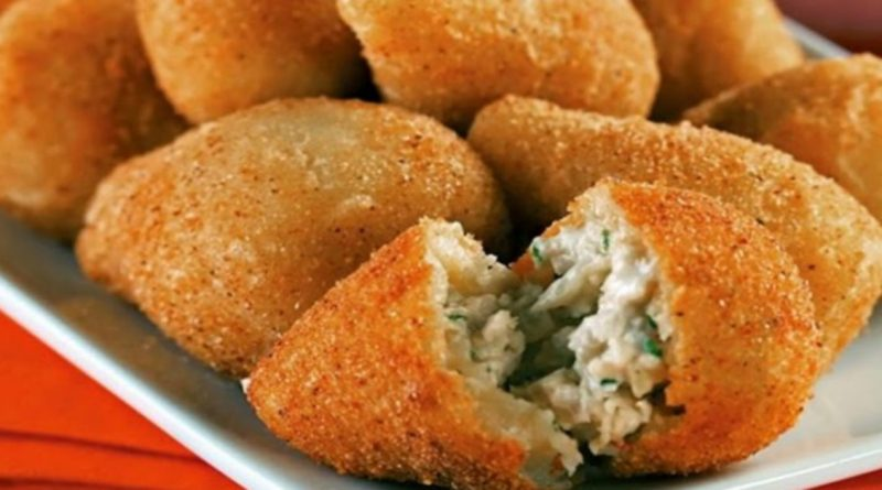 Coxinha sem massa com frango e cream cheese