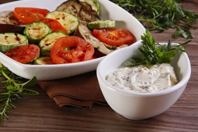 Receita de legumes grelhados ao molho de ervas