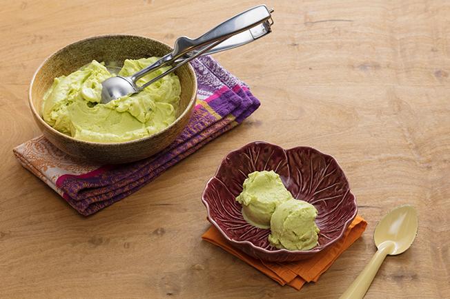 Receita de sorvete caseiro de abacate
