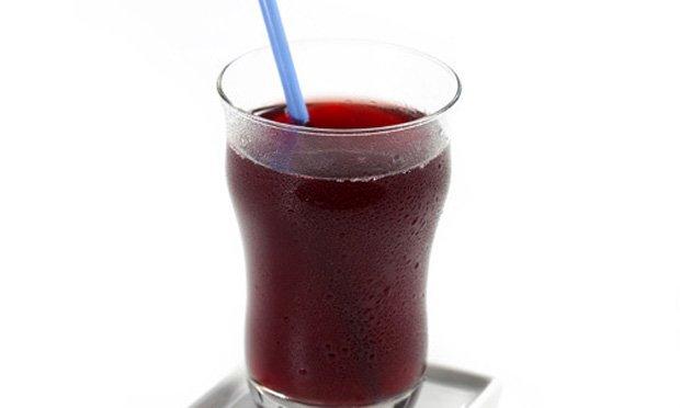 Suco de uva natural com romã