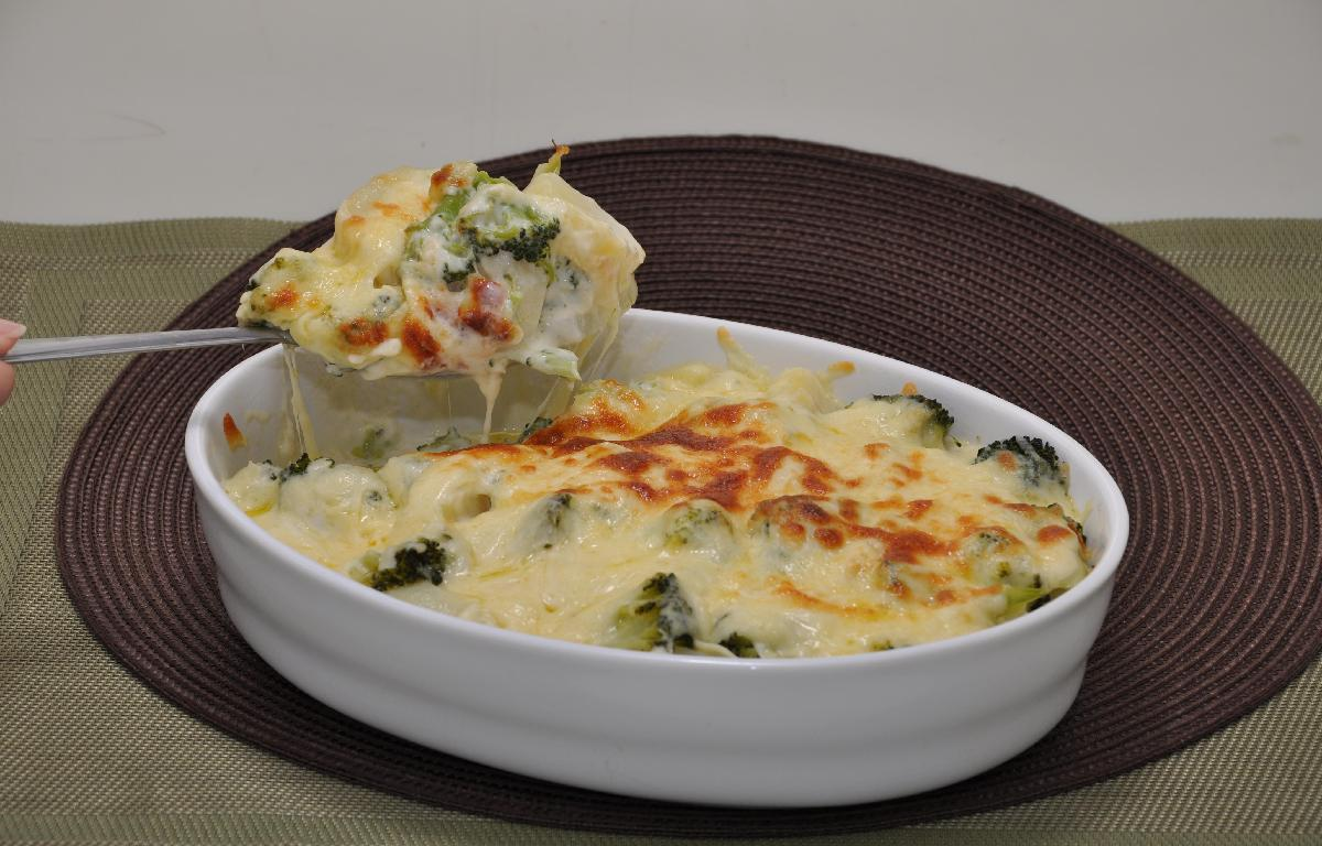 Batata no forno com brócolis