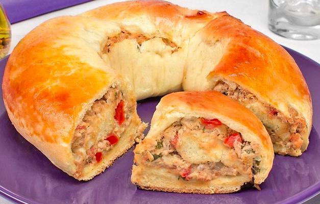 Pão de batata com atum uma delícia