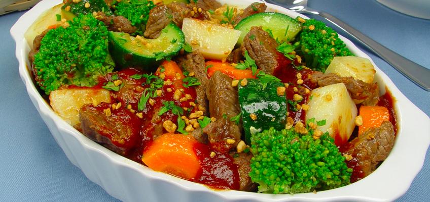 Picadinho de carne com legumes muito fácil