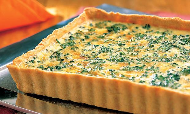 Quiche de queijo com brócolis muito fácil
