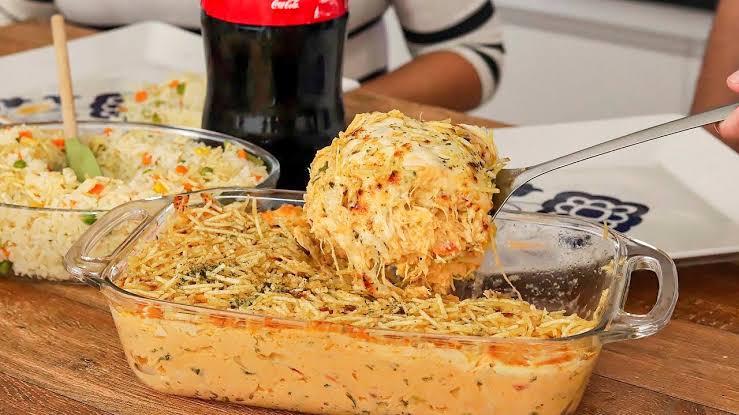 Fricassê cremoso umas das melhores receitas com frango do mundo