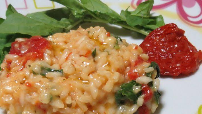 Risoto de rúcula com tomate seco simplesmente sensacional