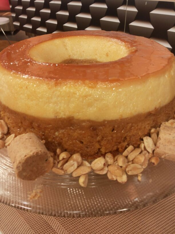 Torta pudim de paçoca deliciosa e muito fácil de fazer
