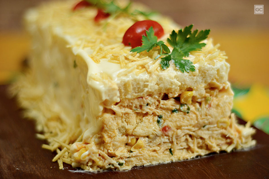 Bolo ou torta salgada de frango