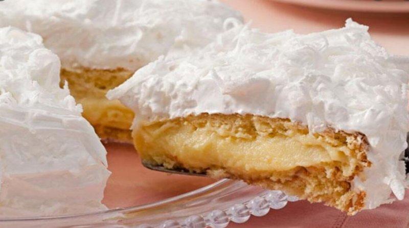 Como fazer bolo baba de moça caseiro fácil e muito gostoso
