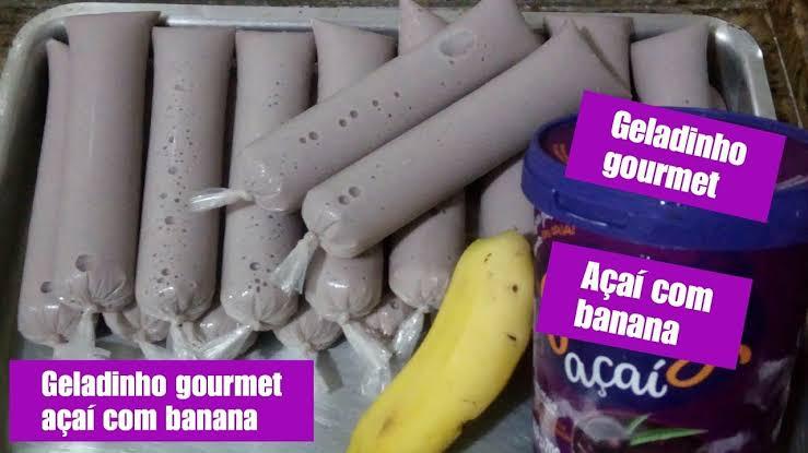 Geladinho de acaí com banana refrescante