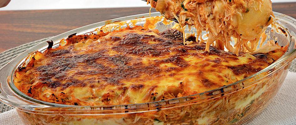 Lasanha de frango com queijo muito delicioso e muito fácil de fazer
