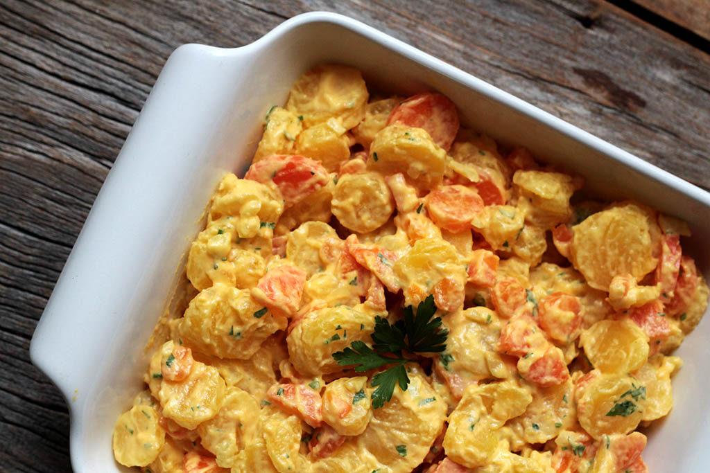 Salada de maionese com mandioquinha e cenoura fácil