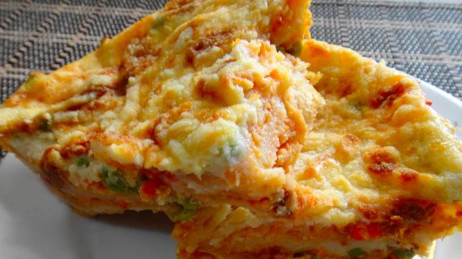 Torta de camarão com pão de forma simples e deliciosa