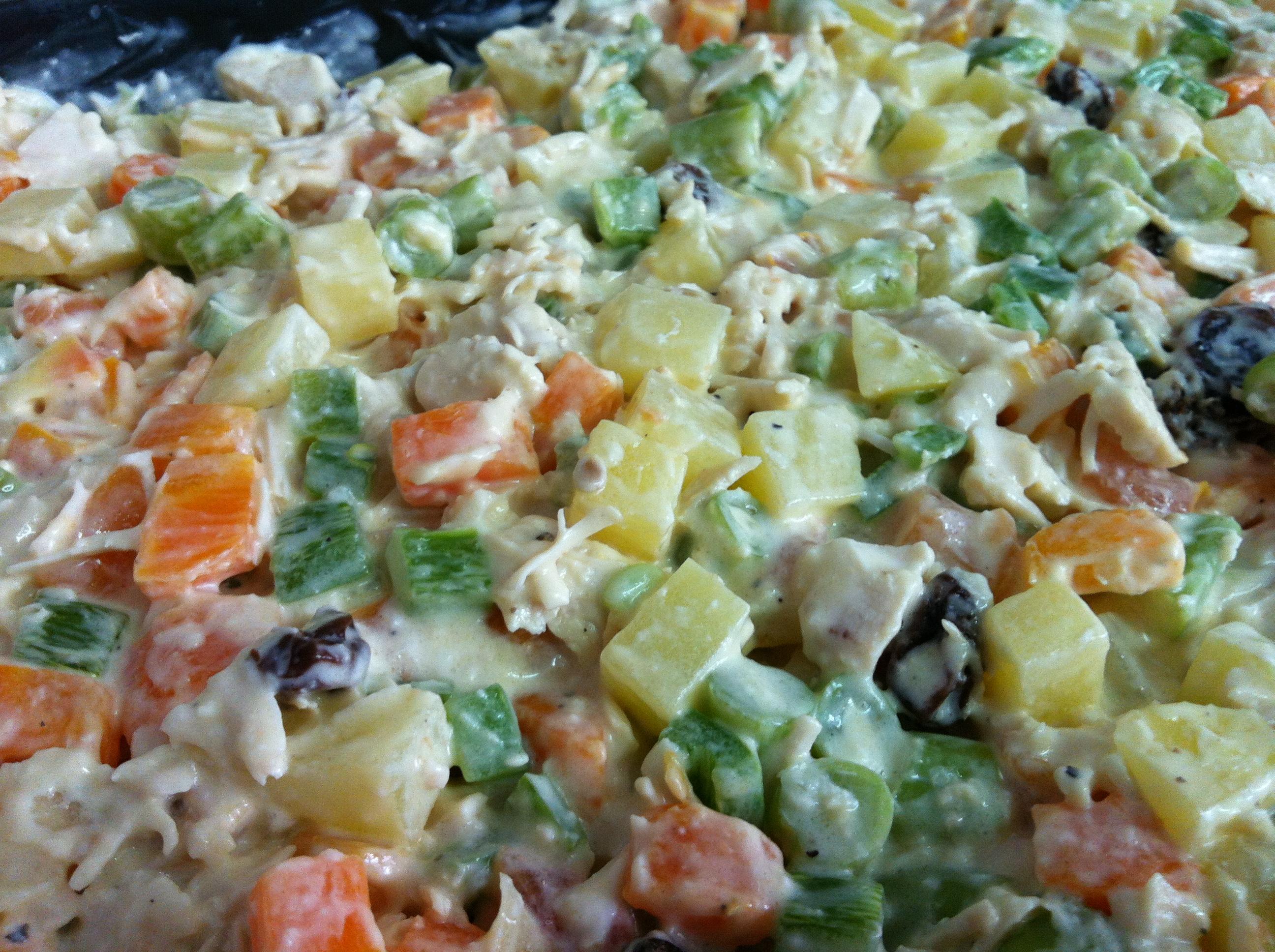 Maionese de legumes com frango fácil