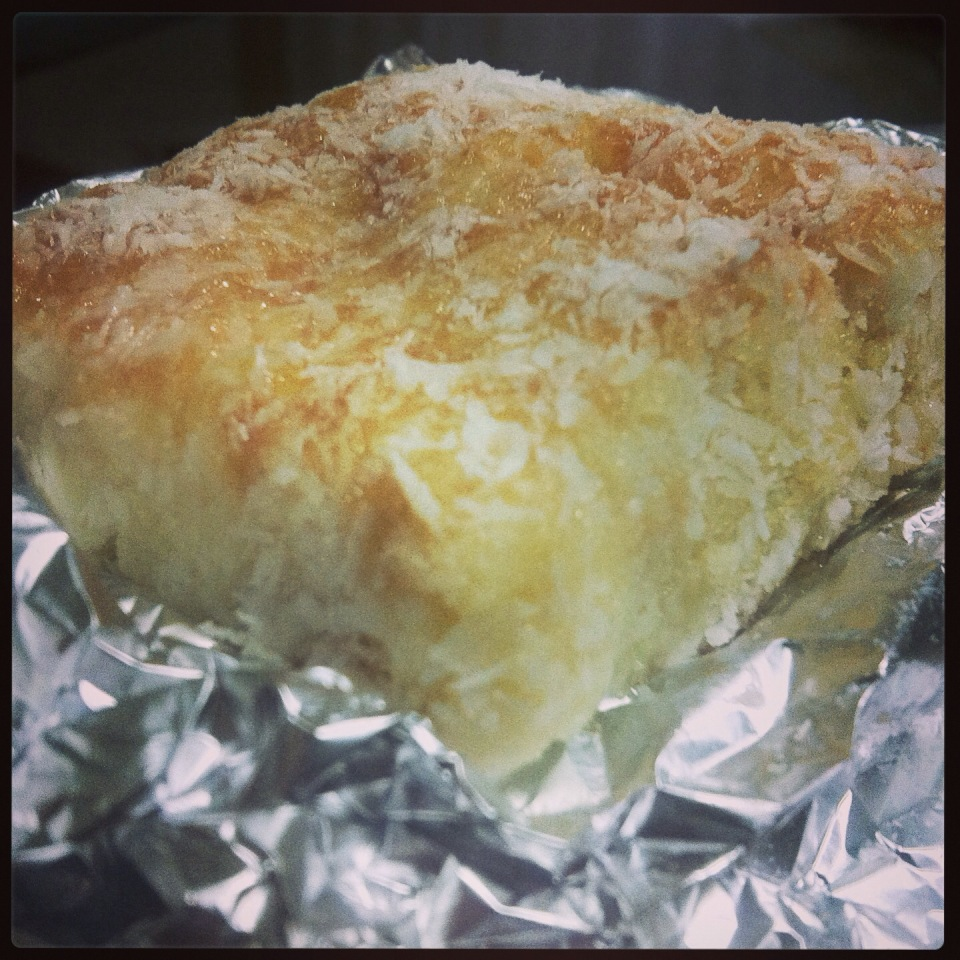 Receita de bolo gelado de coco embrulhado simples