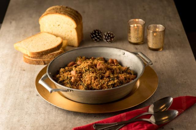 Receita de farofa crocante de pão de milho caseiro