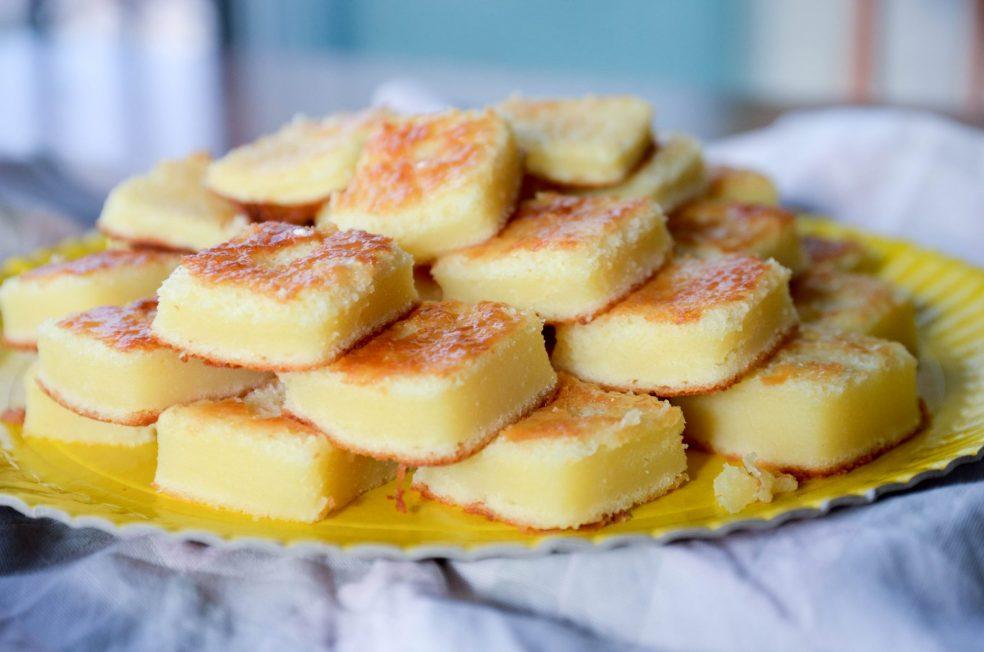 Bolo de queijo minas com leite condensado no liquidificador fácil