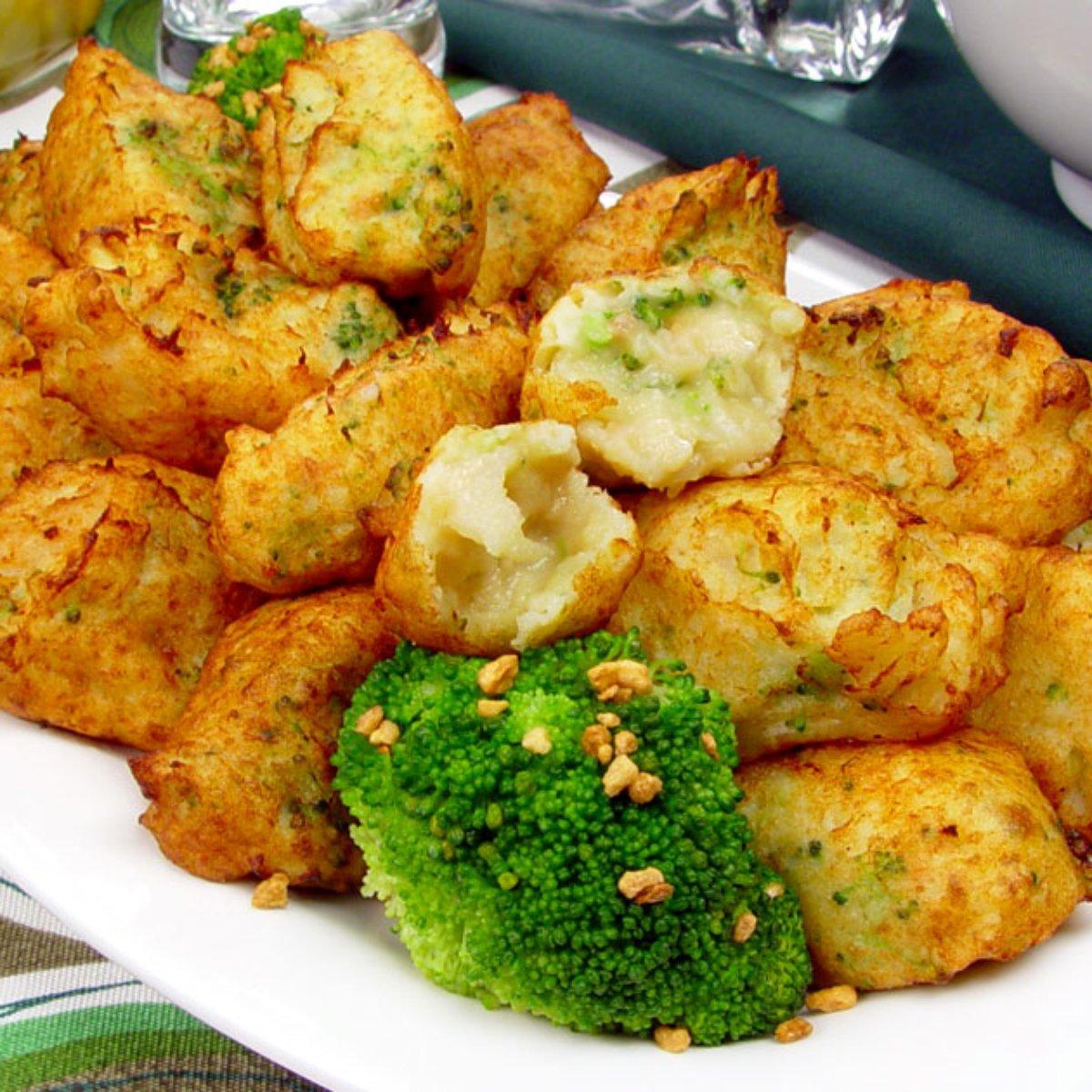 Como fazer bolinho de bacalhau crocante com alho e brócolis