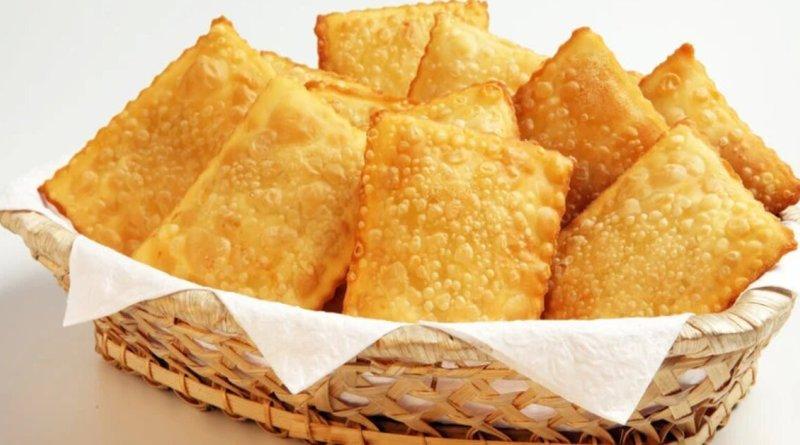 Como fazer pastel de bacalhau caseiro sequinho e crocante