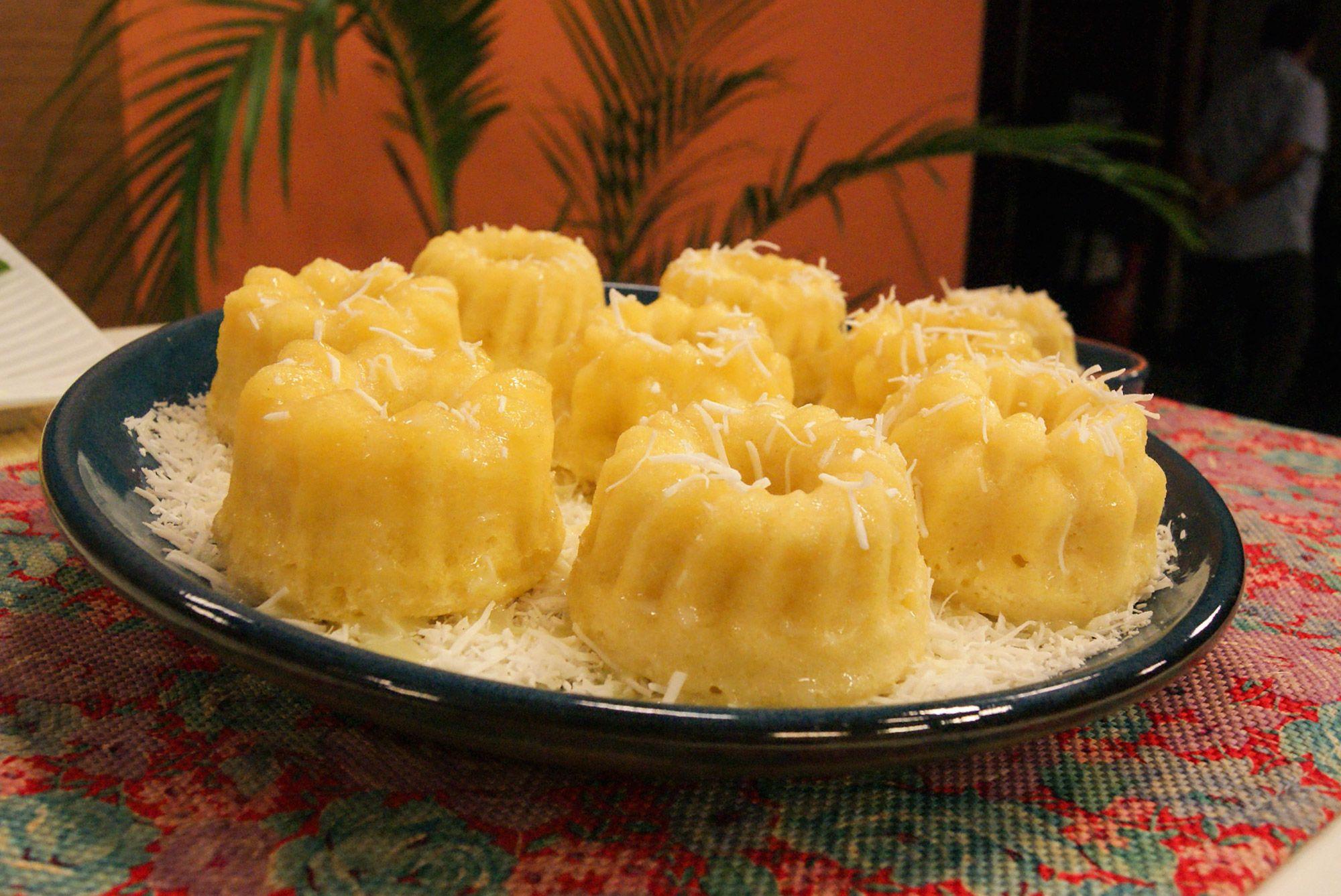 Receita de bolo beijinho de micro-ondas fácil e delicioso