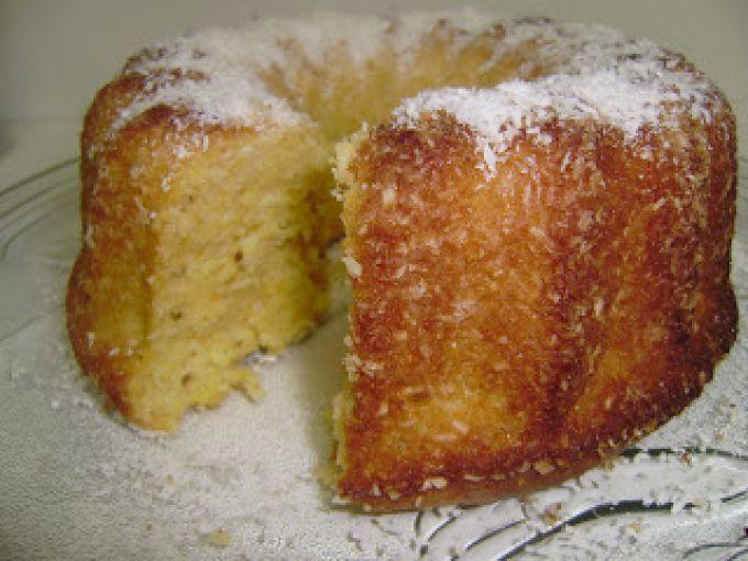 Receita de bolo de milho com coco ralado caseiro fácil