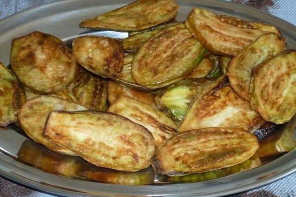Receita de jiló frito com maionese de alho fácil