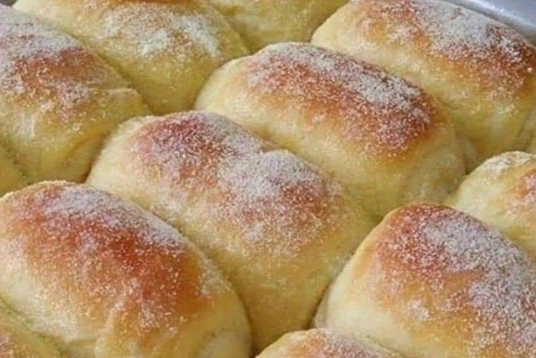 Receita de pãozinho doce simples e facílimo de fazer