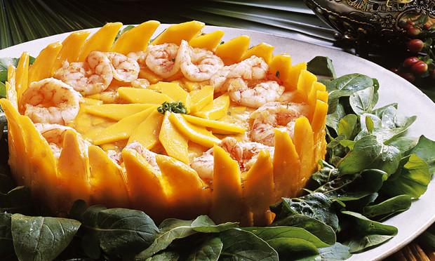 Receita de salada de manga com camarão simples