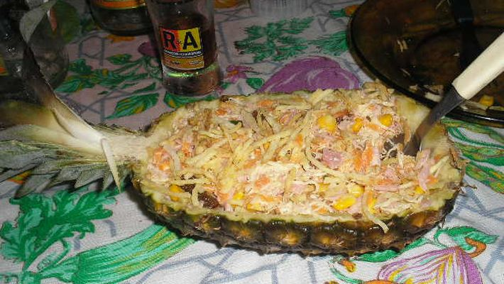 Receita de salpicão com abacaxi em calda