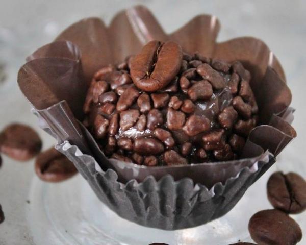 Brigadeiro de café sabor mais brasileiro impossível