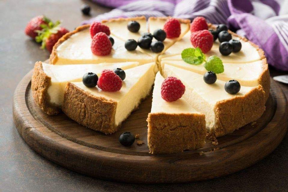 Cake de chocolate branco gelada super fácil