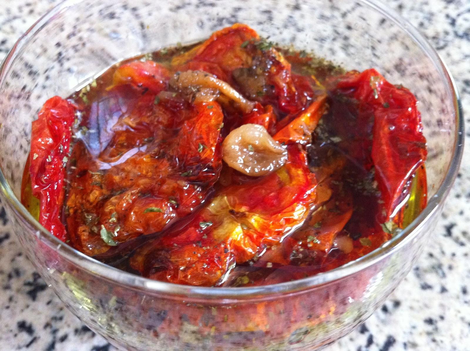 Como fazer tomate seco em casa em apenas 15 minutos
